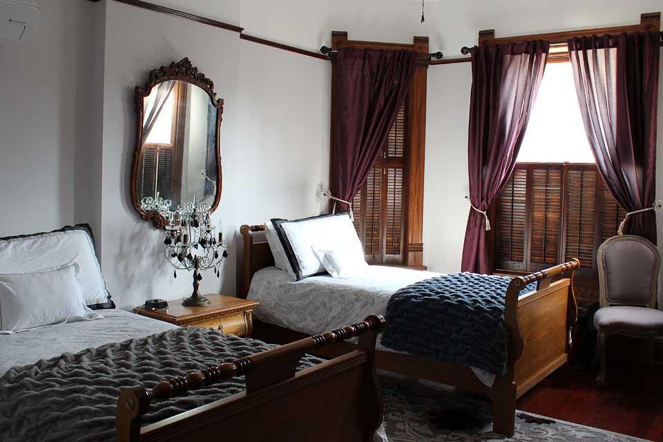 Gage Mansion Bed Breakfast
